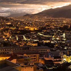 Quito by night Photo: Gert Olsson